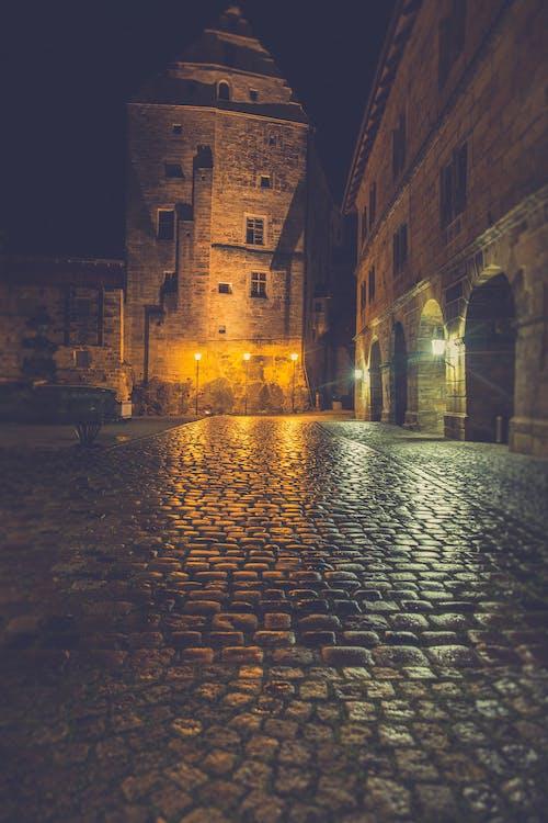 Foto d'estoc gratuïta de arquitectura, barri antic, carrer, castell