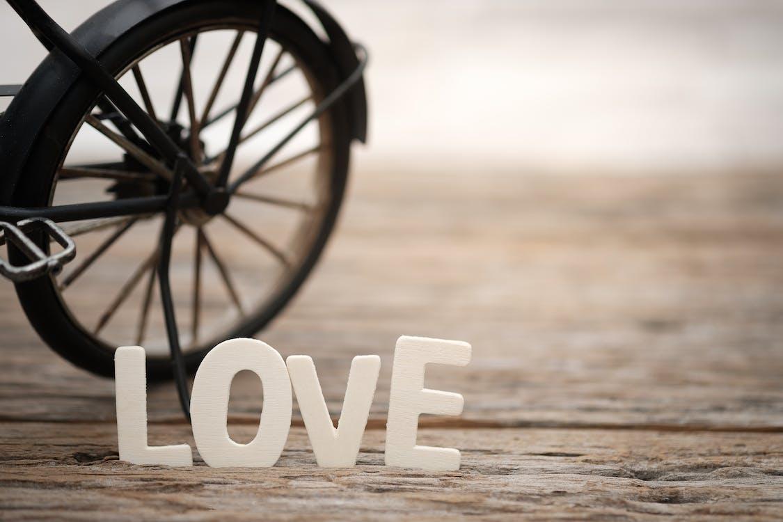 Безкоштовне стокове фото на тему «Chrome, валентинка, велосипед»