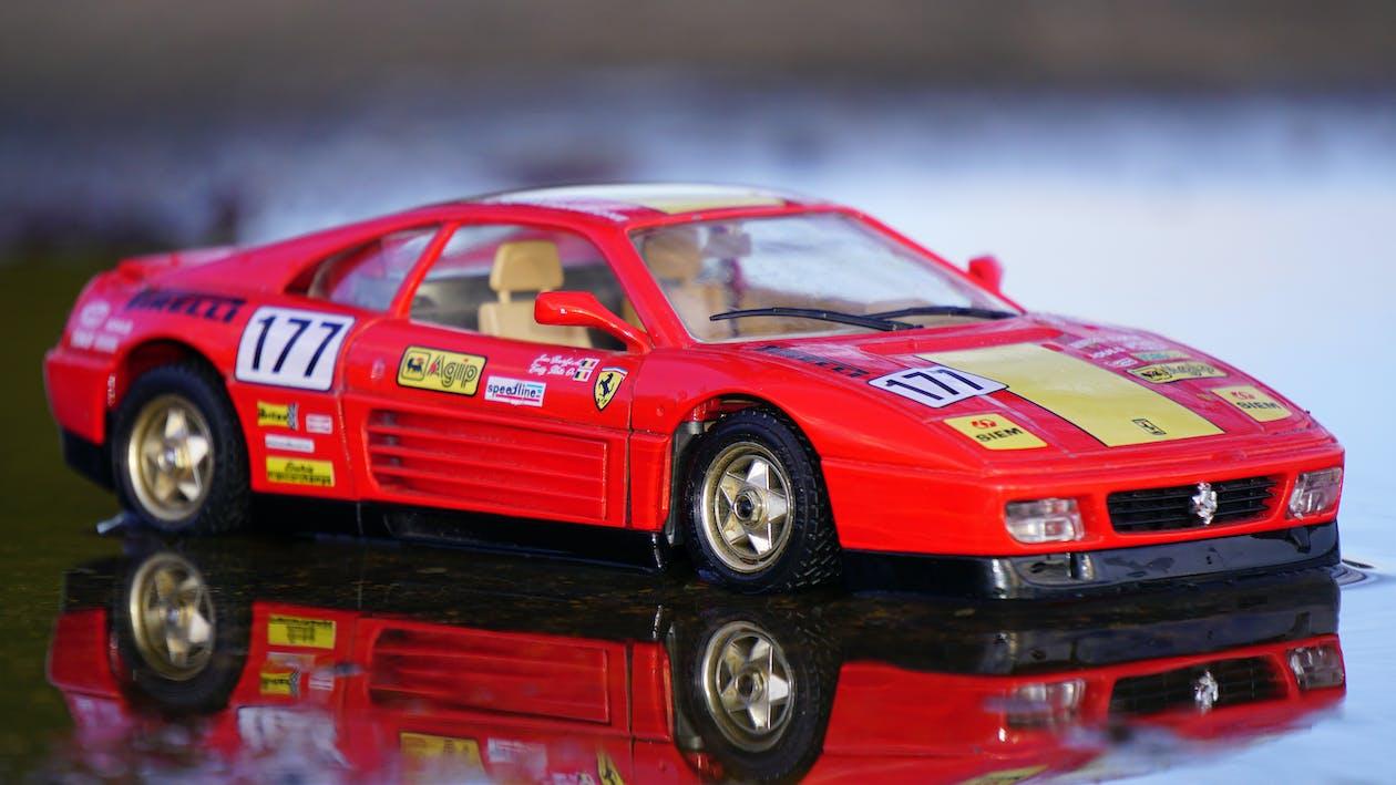 Ferrari, αγωνιστικό αυτοκίνητο, αυτοκινητάκι