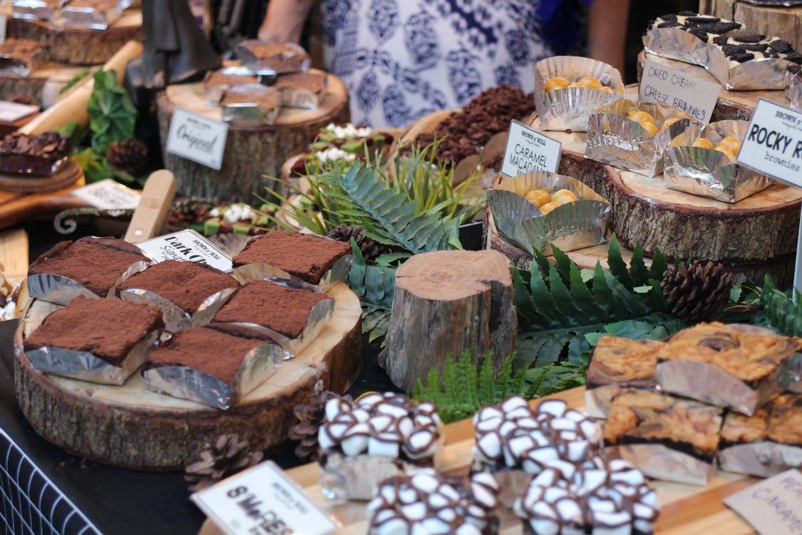 bås, choklad, försäljning
