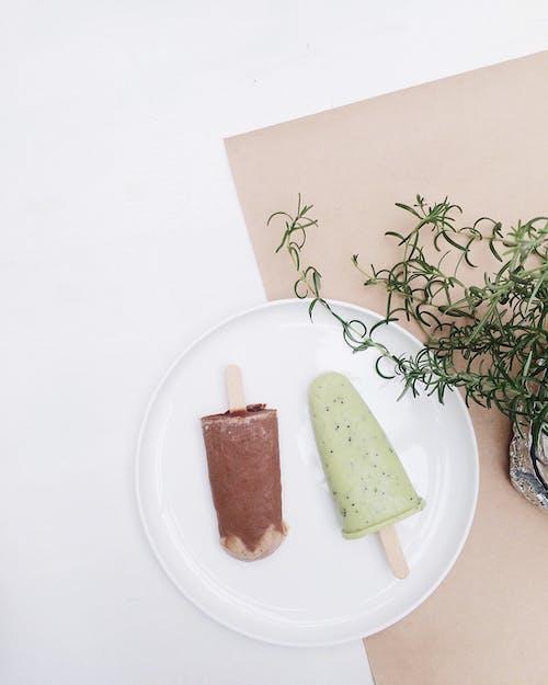乳製品, 盤子, 葉子, 靜物 的 免费素材图片