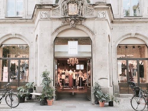 거리, 건물 외관, 건축, 관광의 무료 스톡 사진