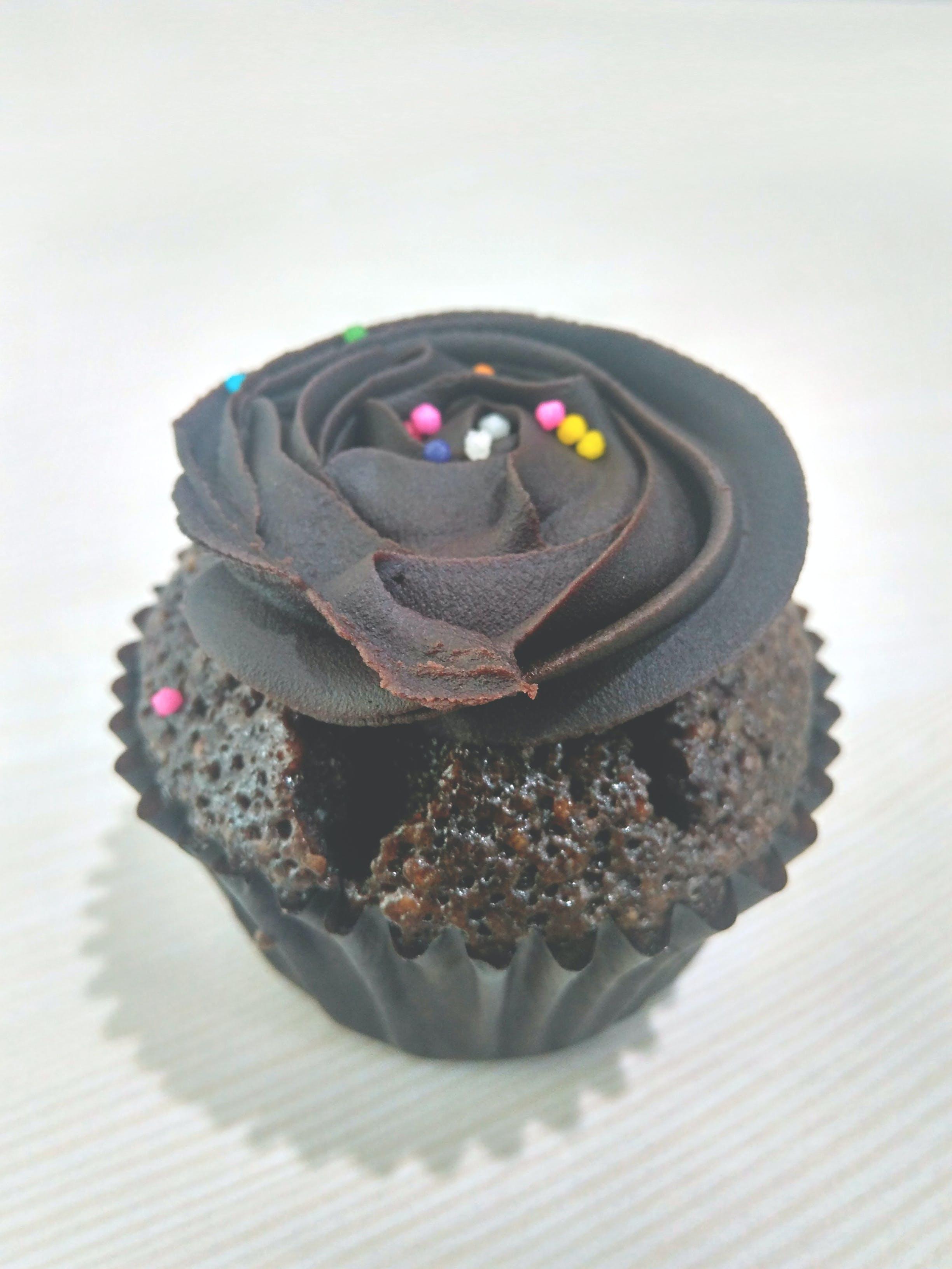 Free stock photo of cake, chocolate, chocolate cupcakes, chocolate muffin