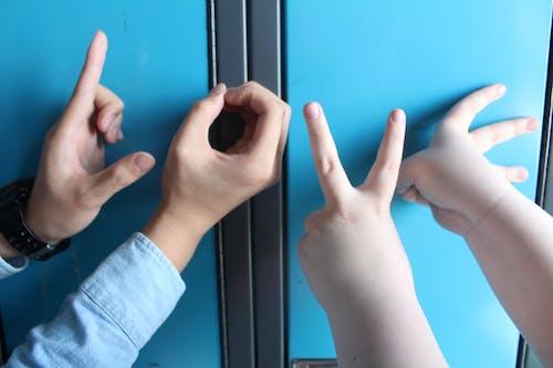 Kostnadsfri bild av fingrar, förvaringsskåp, fotografera, fotografi