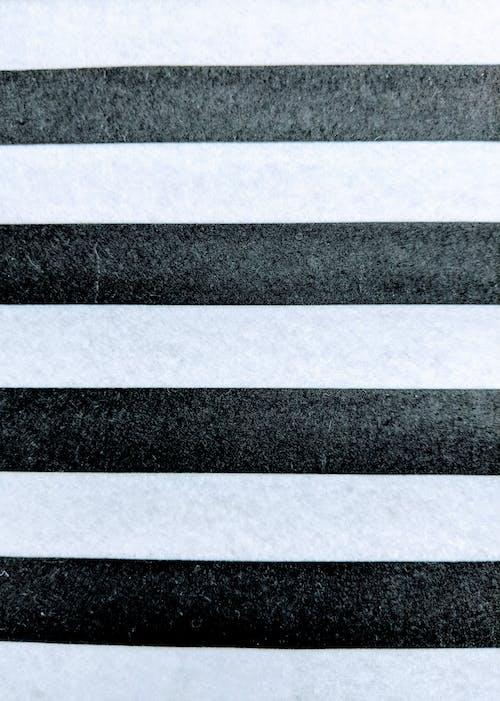 Immagine gratuita di strisce bianche e nere