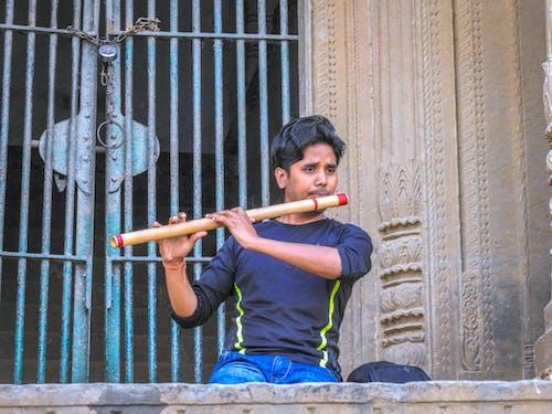 Δωρεάν στοκ φωτογραφιών με varanasi ghat, εξάσκηση, μουσική, φλάουτο
