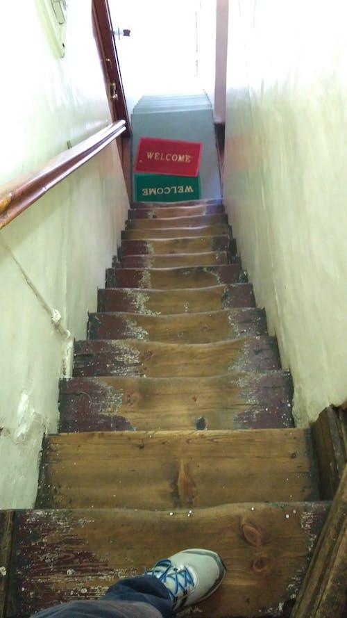 Immagine gratuita di scale