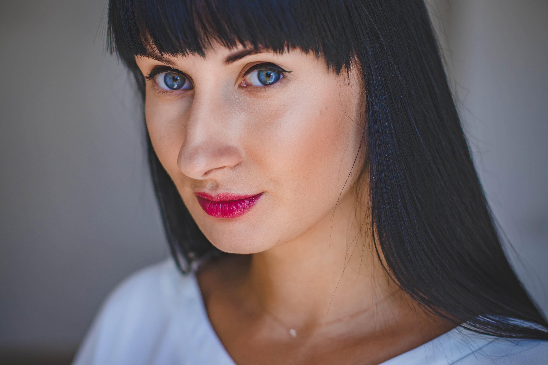 Close-Up Photography of a Beautiful Woman