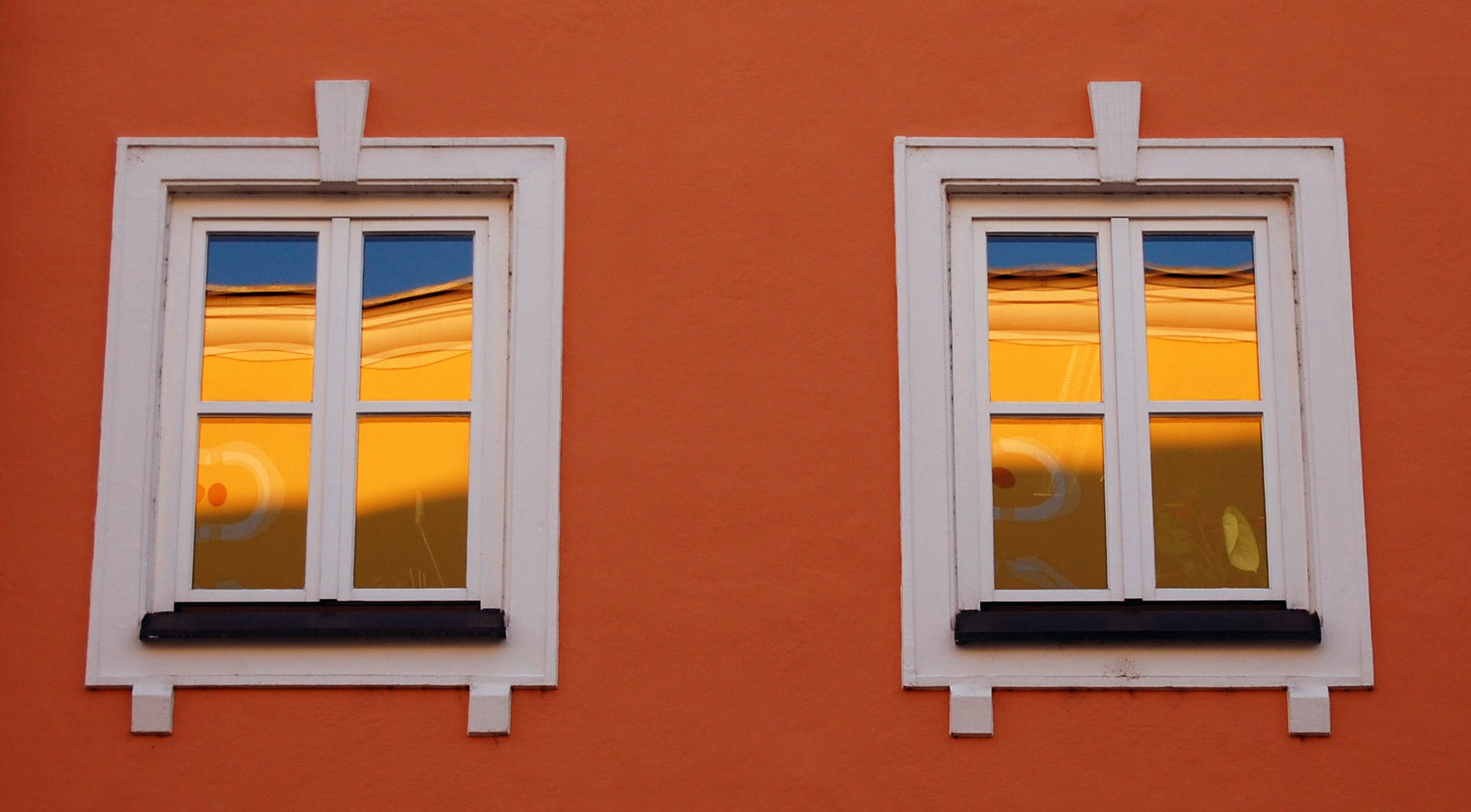 Free stock photo of golden, reflections, windows