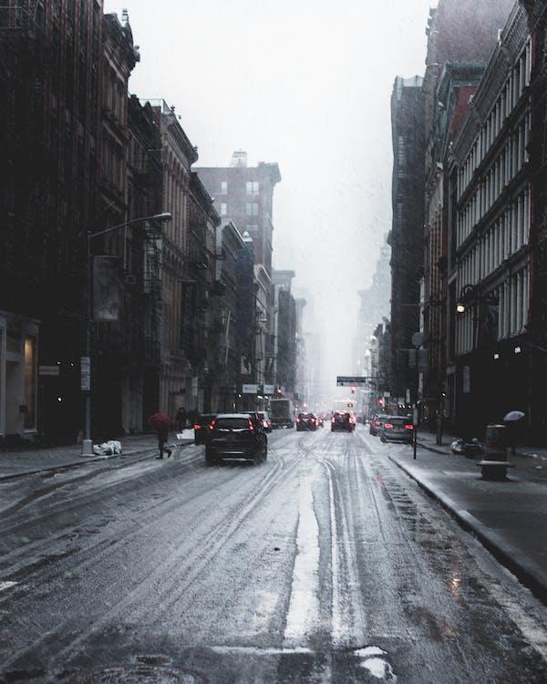 bâtiments, brouillard, brumeux