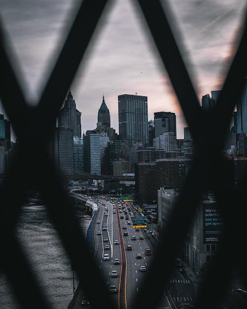 Immagine gratuita di architettura, auto, autostrada, business