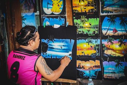 Foto profissional grátis de acrílico, camiseta, pintando, pintor