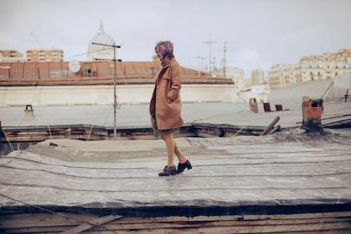 Gratis lagerfoto af anløbsbro, badebro, beige, by