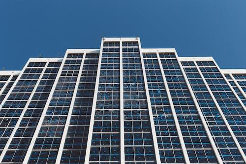 Ảnh lưu trữ miễn phí về bầu trời, các cửa sổ, chụp ảnh góc thấp, kiến trúc