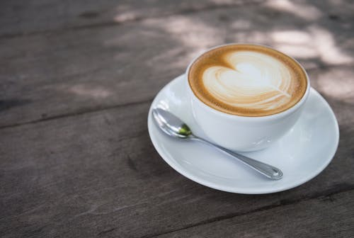 Gratis lagerfoto af bord, café, cappuccino, close-up