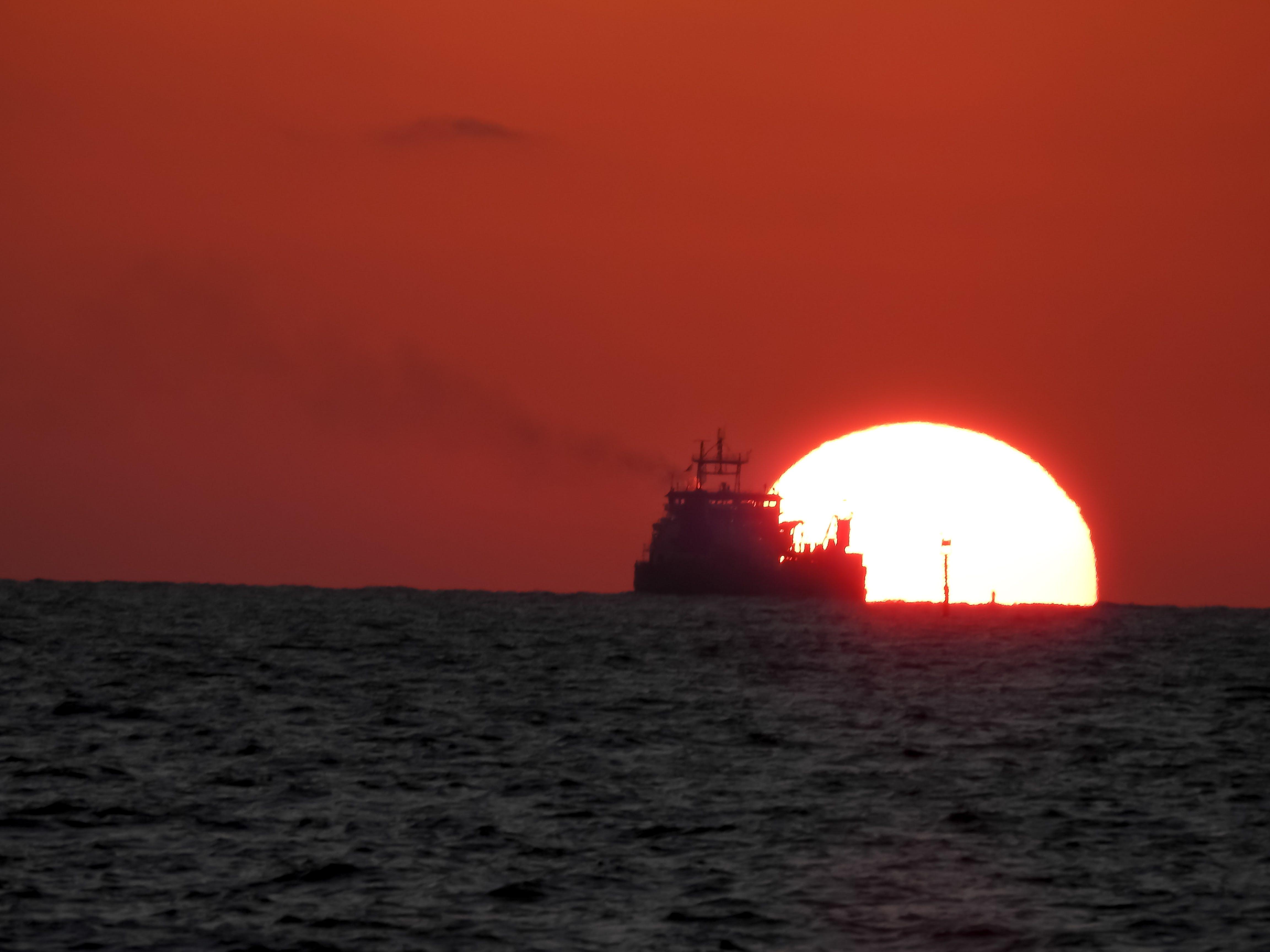 Free stock photo of golden sunset, ship, sunset