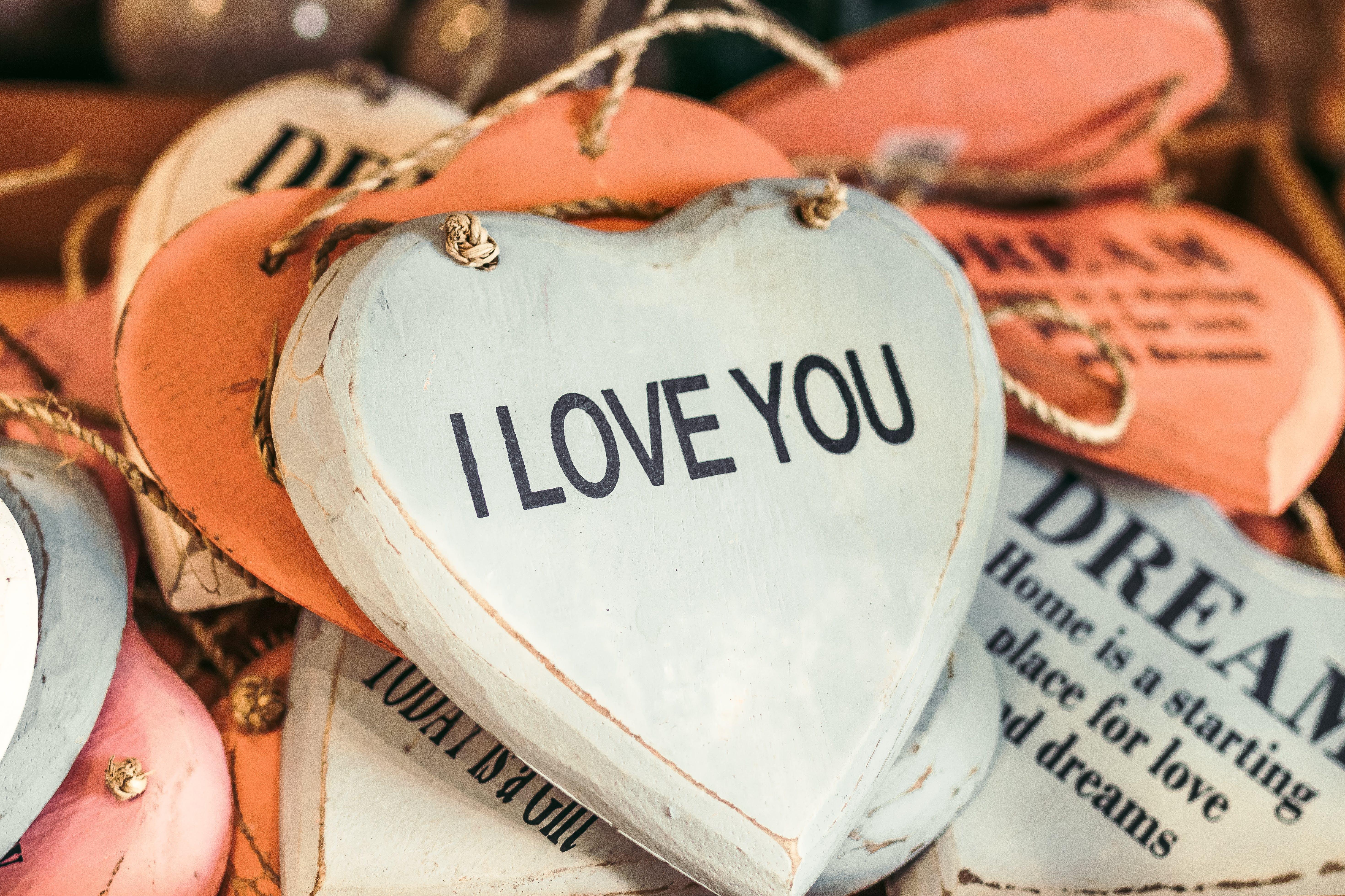 Heart-shape White and Black I Love You-printed Decorative Board