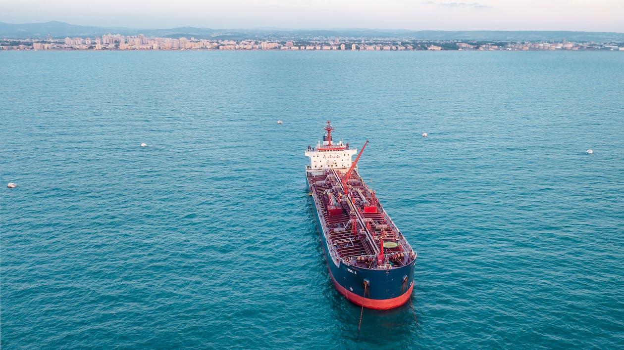 Fotobanka sbezplatnými fotkami na tému cisterna, loď, more