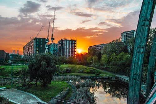 Ilmainen kuvapankkikuva tunnisteilla auringonlasku, kaupungin puisto, maisema