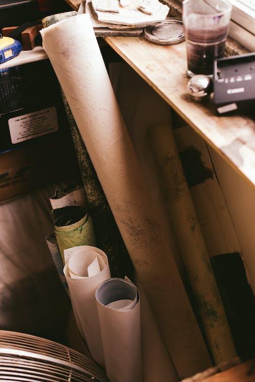 Fotos de stock gratuitas de adentro, contenedor, espacio de trabajo, habitación