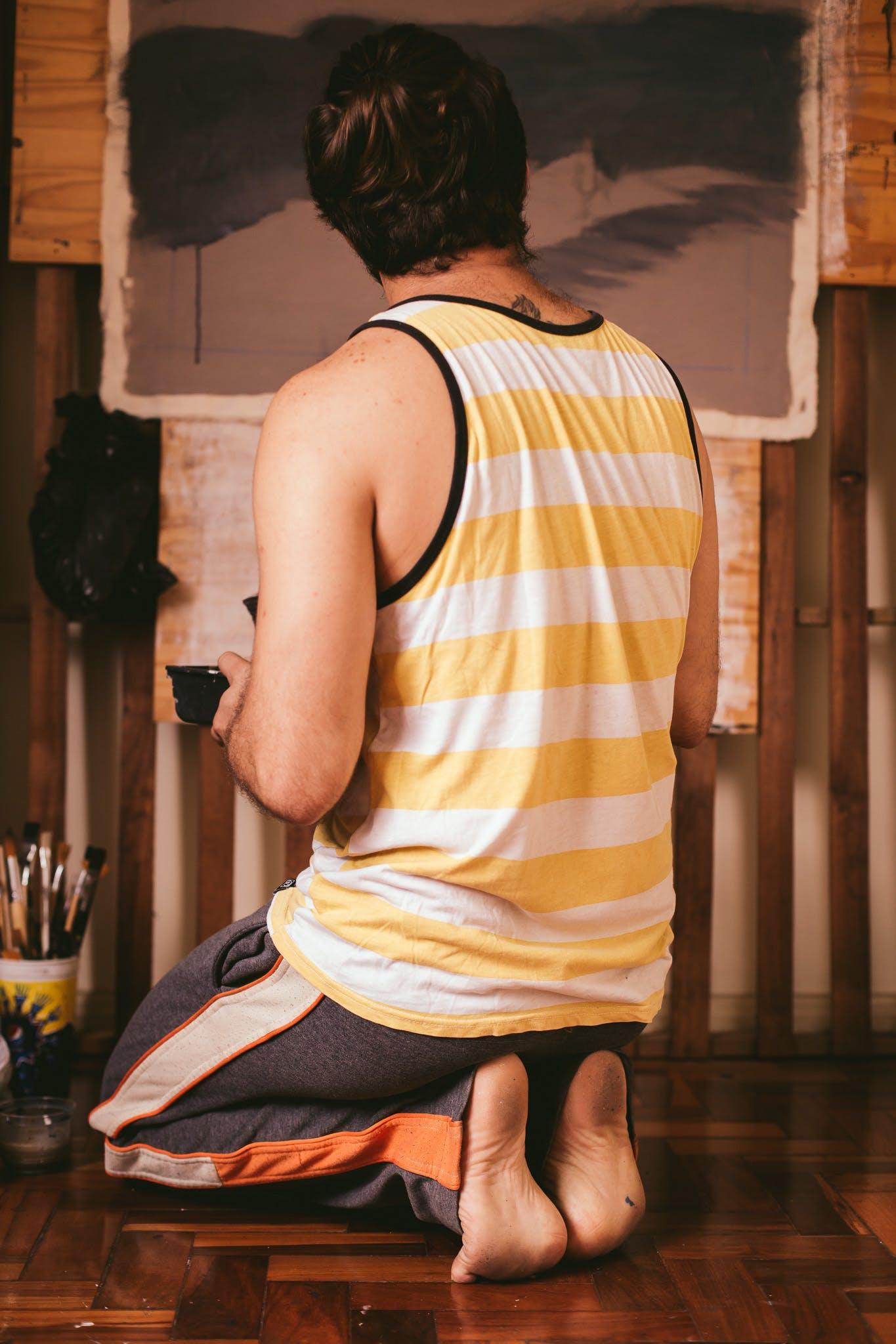 Foto profissional grátis de adulto, arte, artesão, dentro de casa