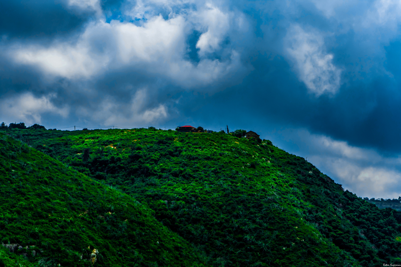 Darmowe zdjęcie z galerii z chmury, drzewa, góra, krajobraz
