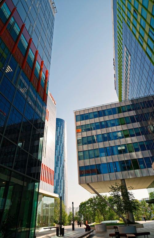 Základová fotografie zdarma na téma architektura, barvy, budovy, centrum města