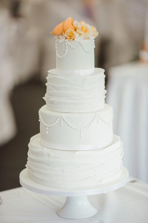 ウエディングケーキ, おいしい, クリーミー, クリームの無料の写真素材