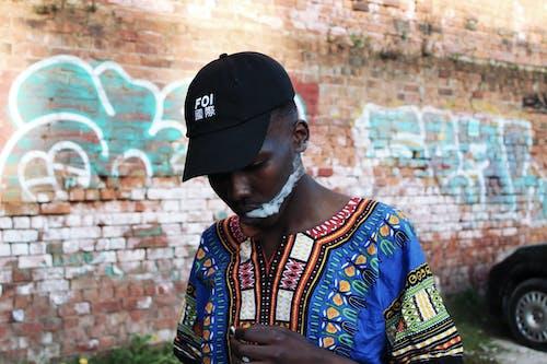Бесплатное стоковое фото с африканский, Взрослый, вуаль, город