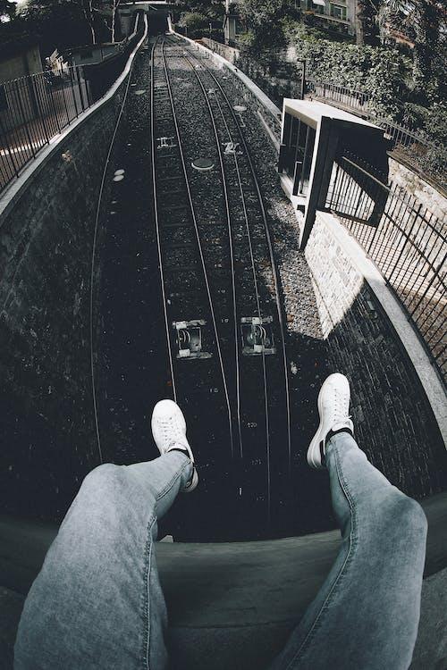 açık hava, adım atmak, antrenman yaptırmak, aşındırmak içeren Ücretsiz stok fotoğraf