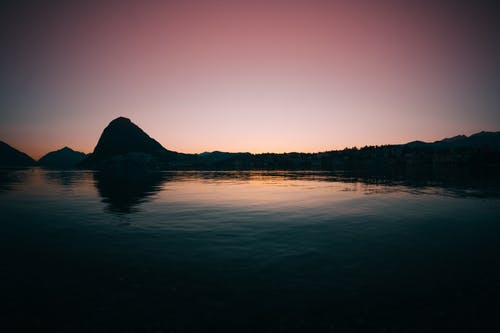 Foto d'estoc gratuïta de aigua, alba, badia, capvespre