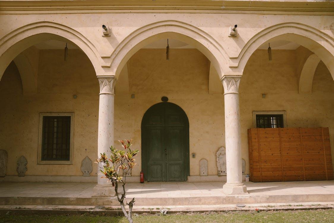 architectuur, binnenkomst, binnenplaats