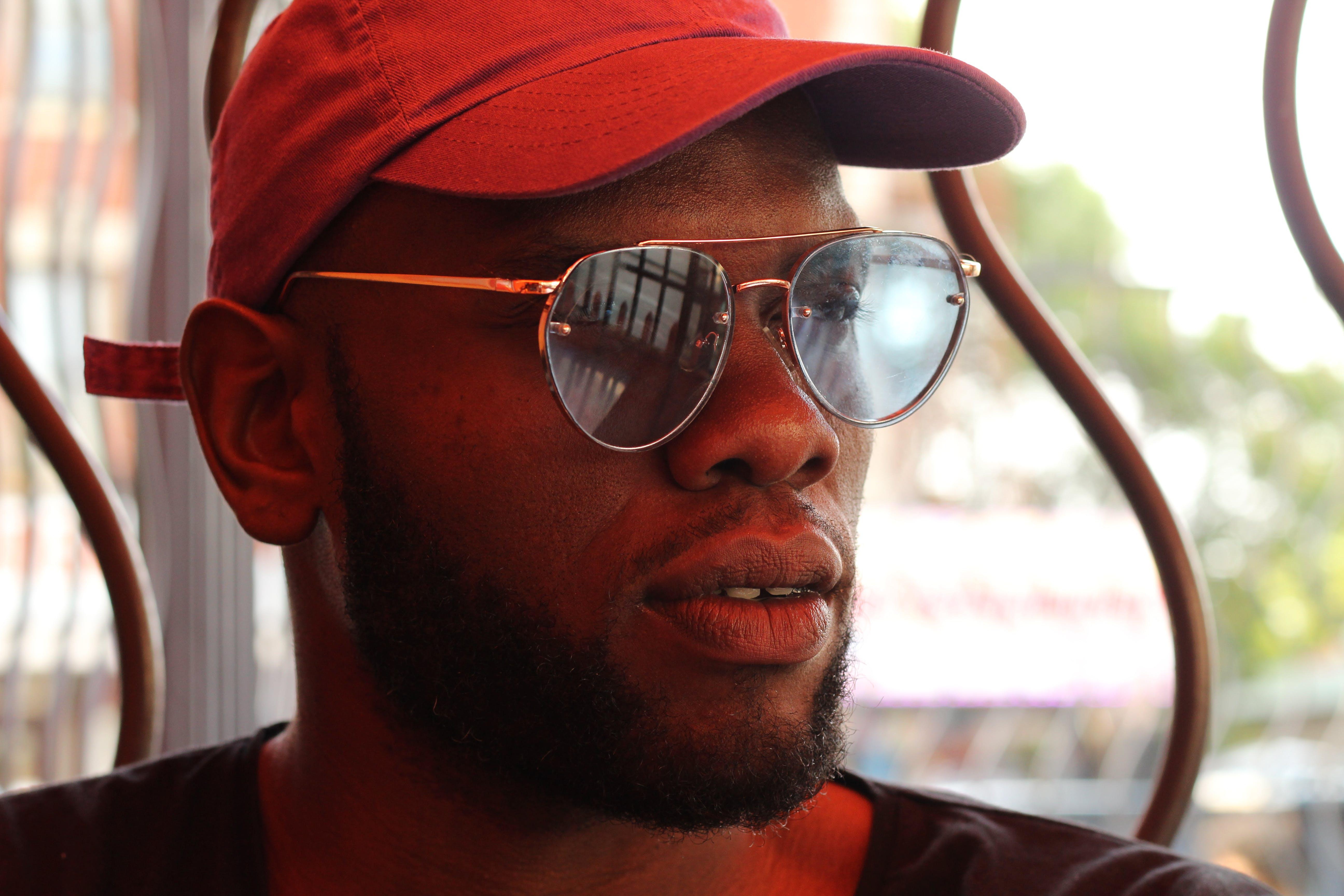 Men's Gold-framed Sunglasses