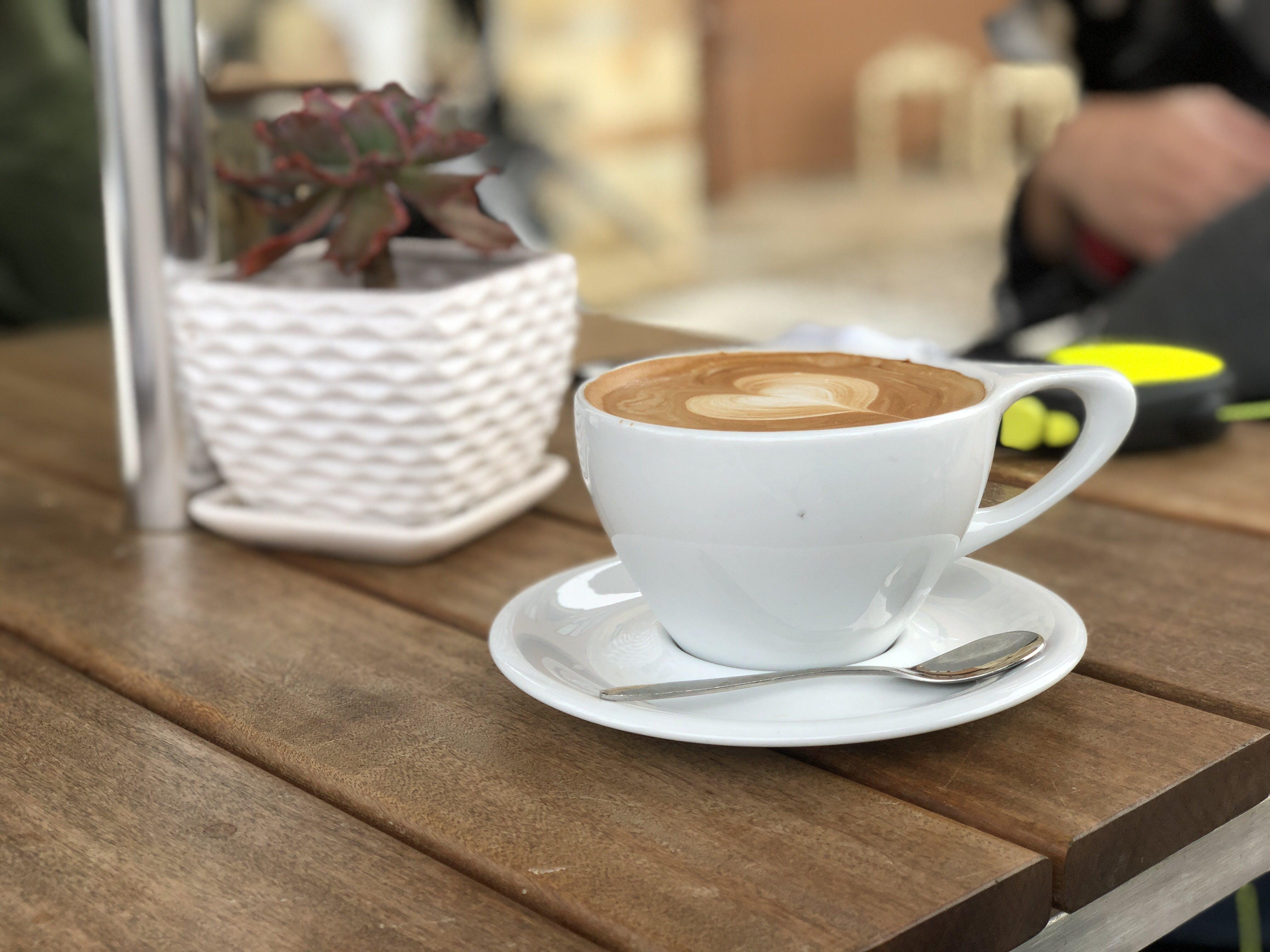 Δωρεάν στοκ φωτογραφιών με latte art, αναψυκτικό, αφρός, γκρο πλαν