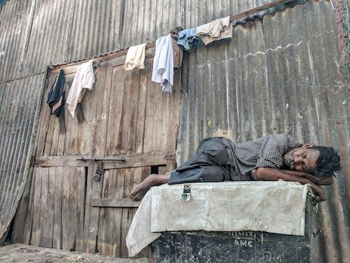Бесплатное стоковое фото с бедность, бедный, бездомный, Взрослый