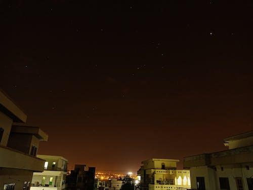 Безкоштовне стокове фото на тему «зірки, Ліхтарі, ніч, фотографія»