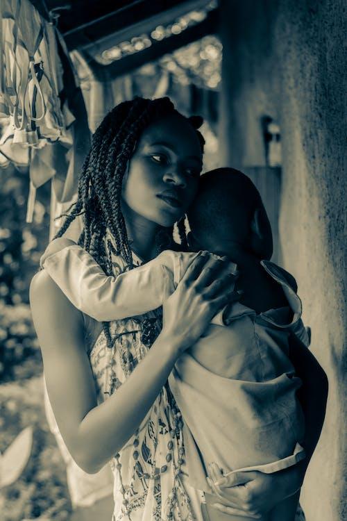 Mujer, Proceso De Llevar, Bebé