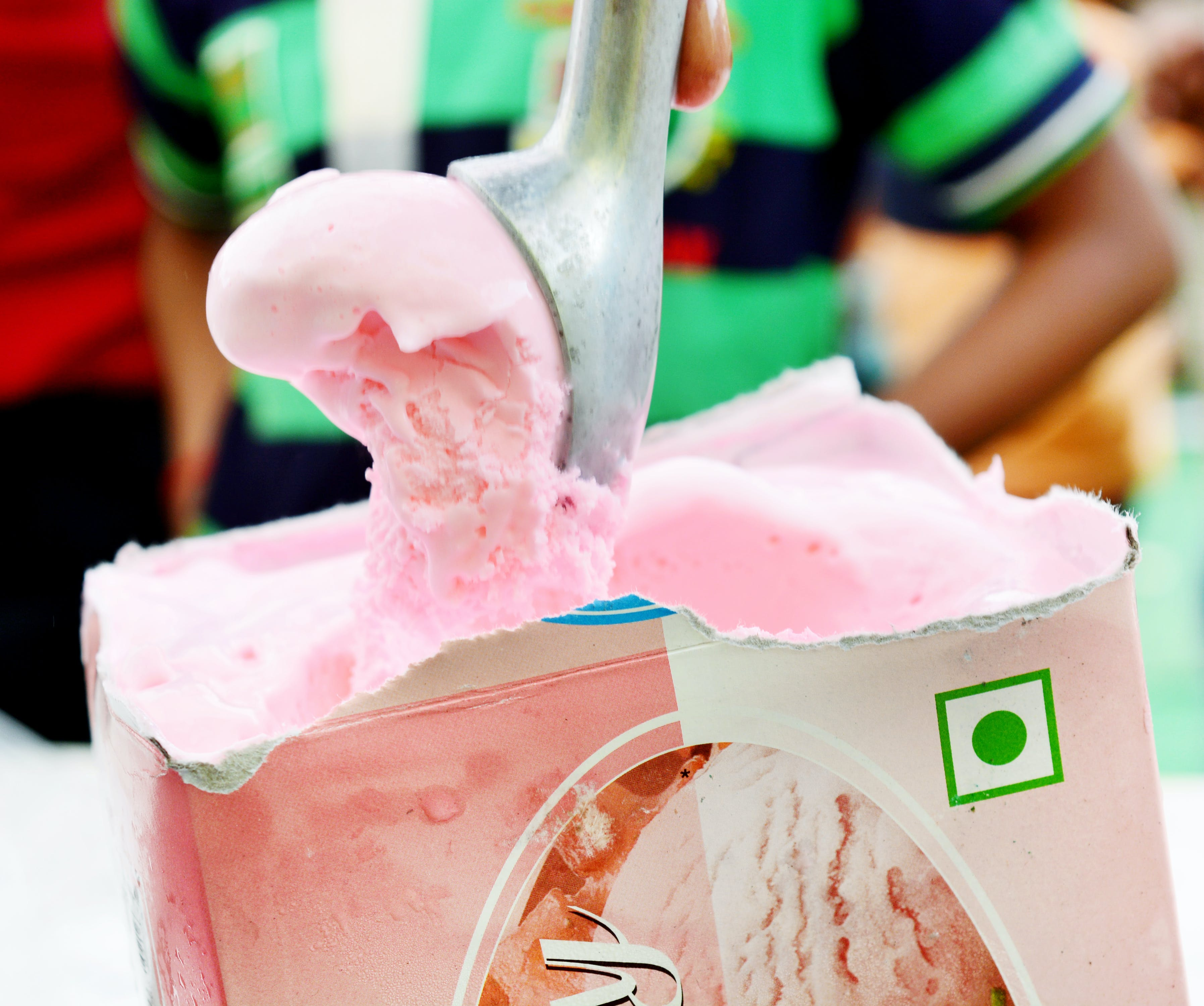 Gratis arkivbilde med amul, is, iskrem, jordbær
