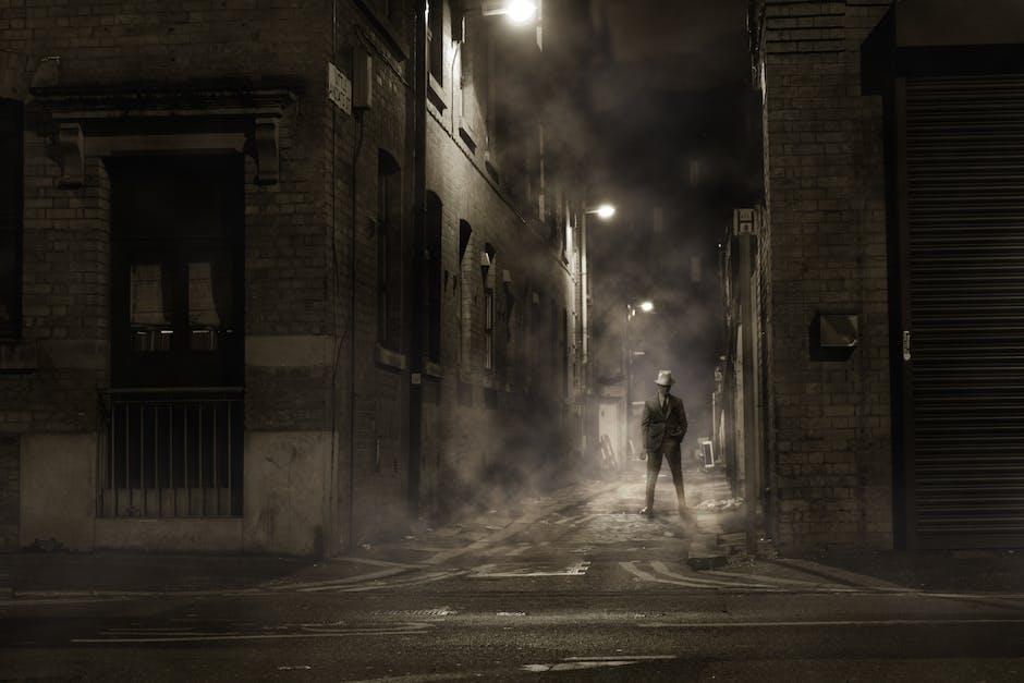Night fog alley england