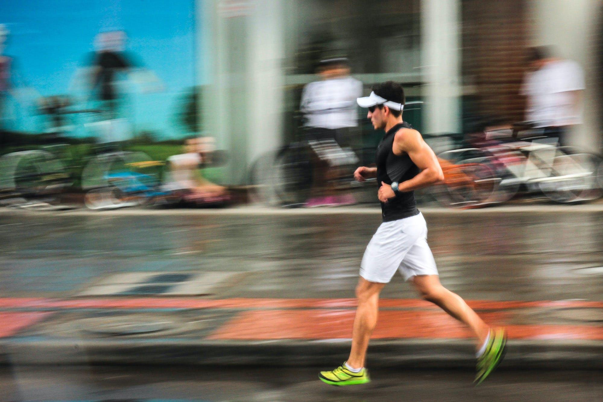 Gratis lagerfoto af caminando, corredor, correr, corriendo
