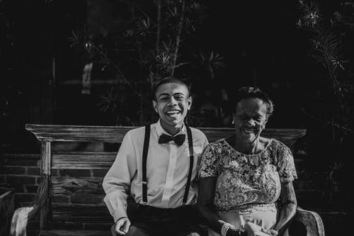 Základová fotografie zdarma na téma babička, černobílá, černobílé titulní fotografie, dospělý