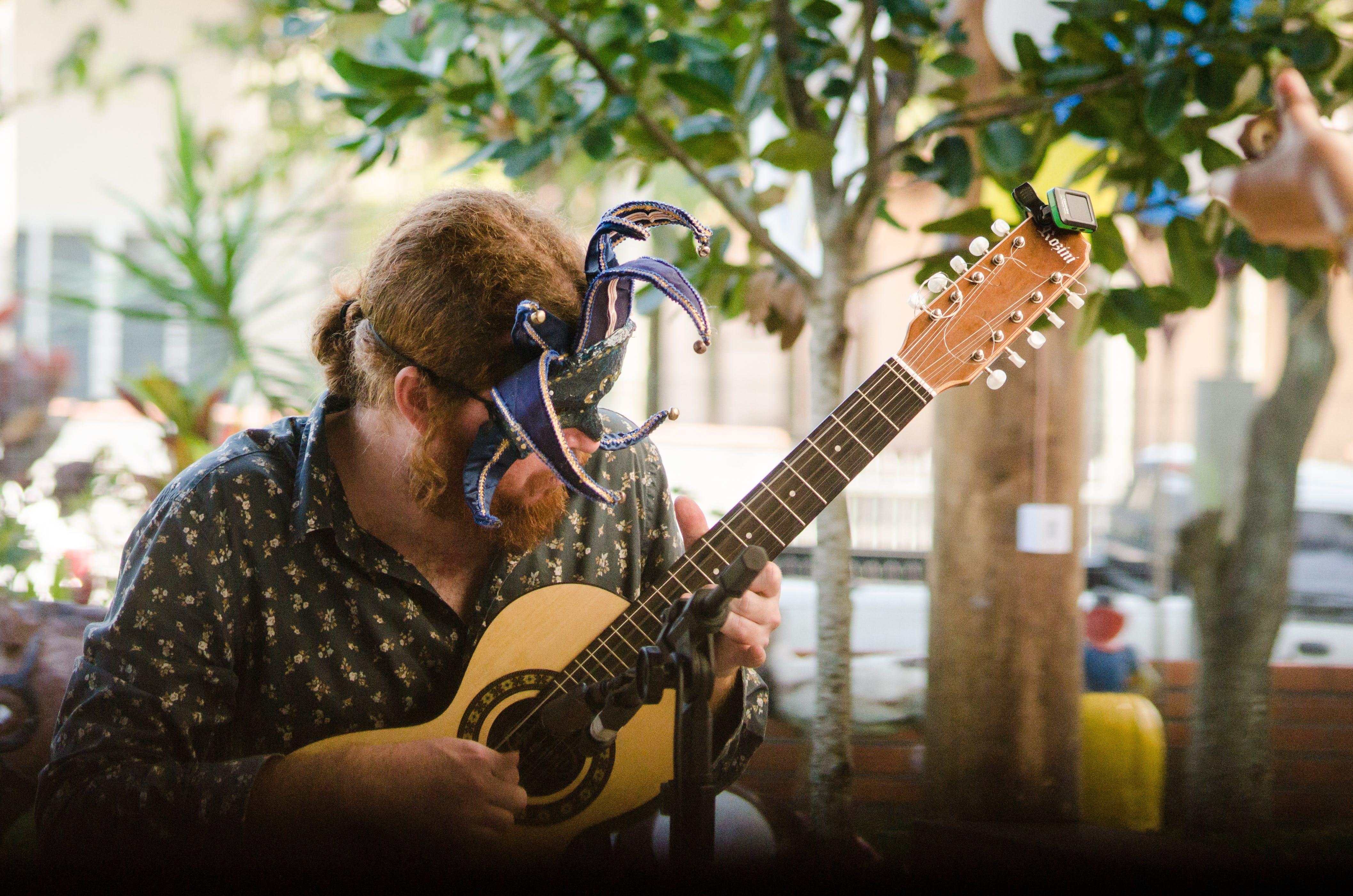 Free stock photo of creativity, guitar, hands, live