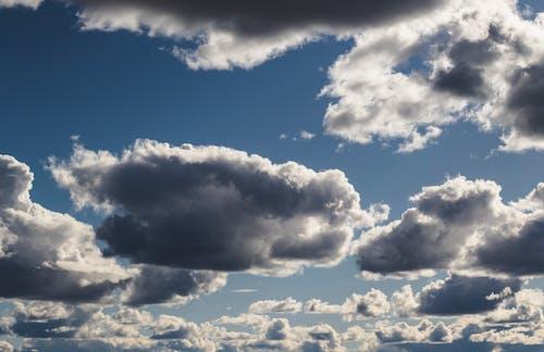 Δωρεάν στοκ φωτογραφιών με ατμόσφαιρα, γαλάζιος ουρανός, γραφικός, ελαφρύς