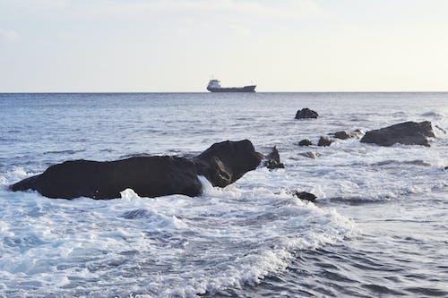 Fotobanka sbezplatnými fotkami na tému loď, modrá, obloha, pláž