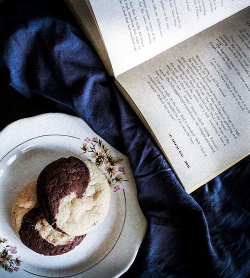 Free stock photo of #bookstagram #goodreads #booklover #ilovebooks #in