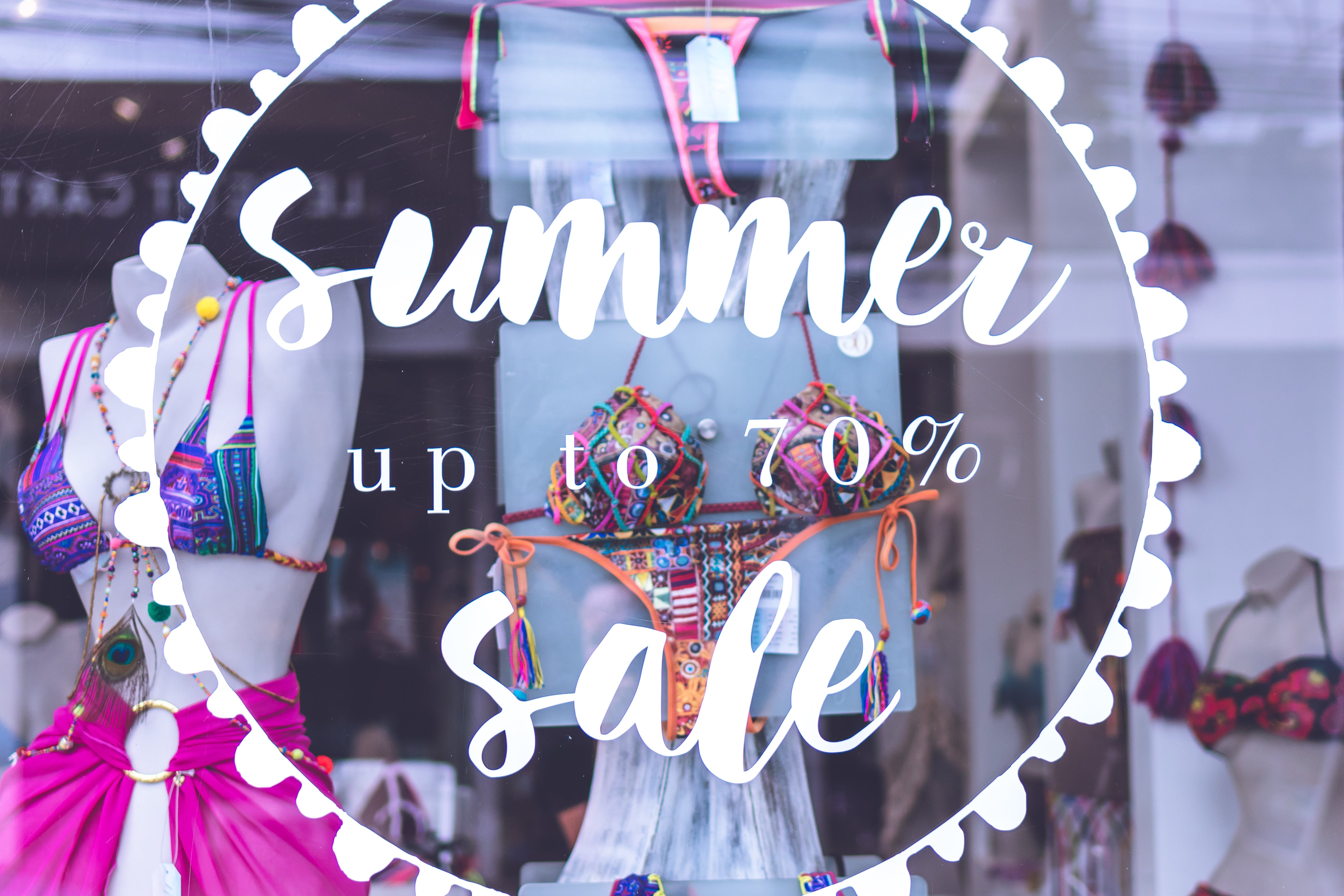 Summer Up to 70% Sale Text