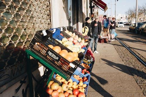 Foto profissional grátis de adulto, alimento, comércio, feira