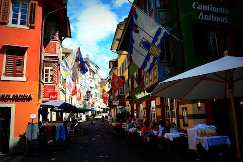 Безкоштовне стокове фото на тему «zurich, прапори, Старе місто»