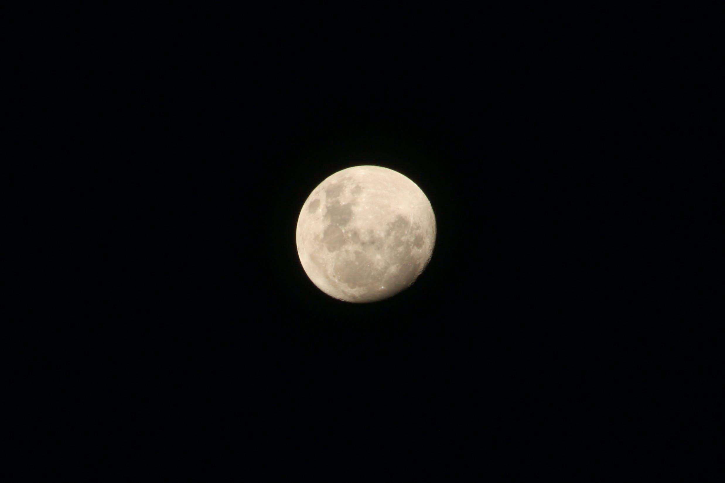 Gratis lagerfoto af astronomi, halvmåne, himmel, luftfart