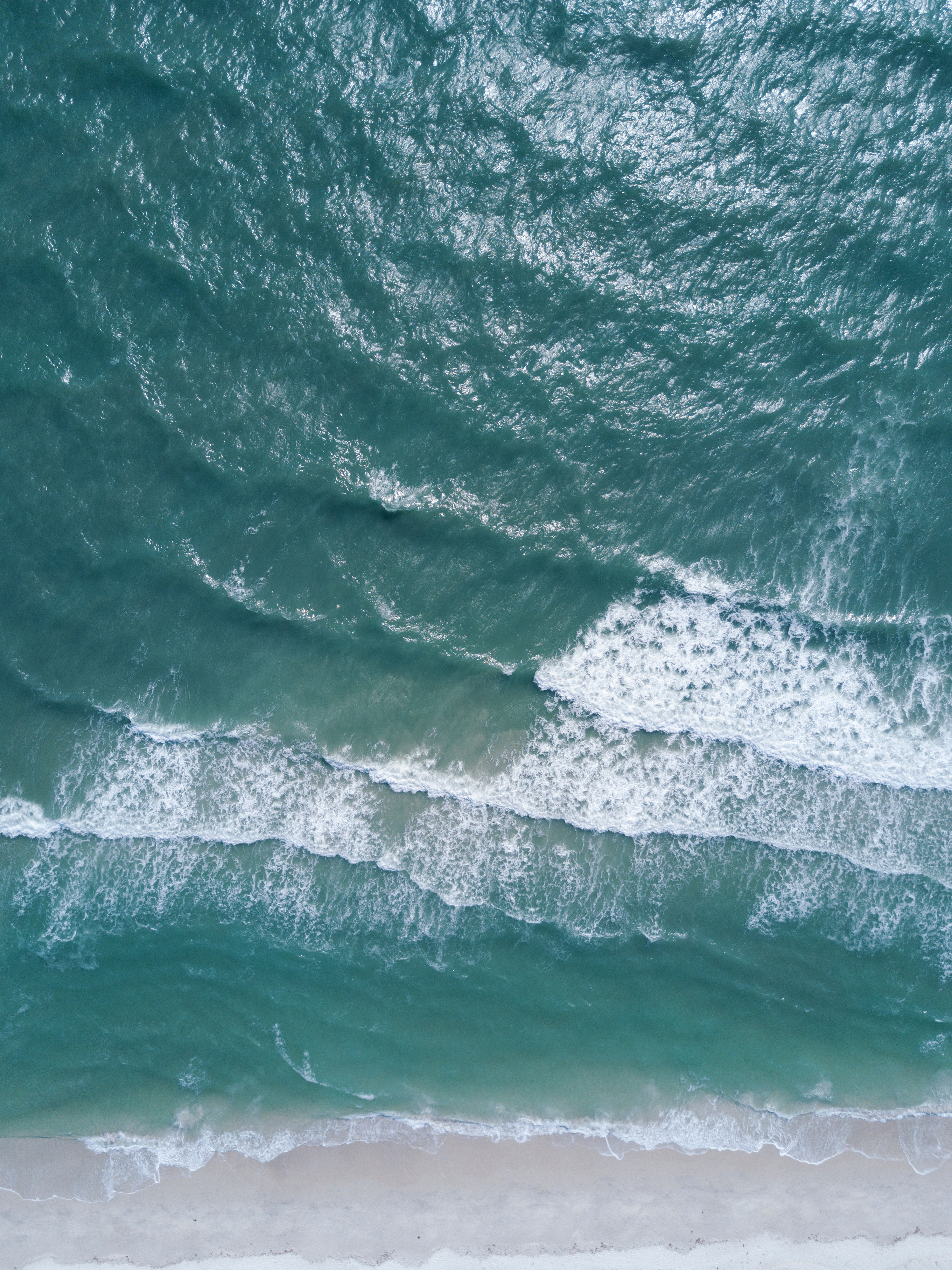 Photography Of Waves Crashing · Free Stock Photo